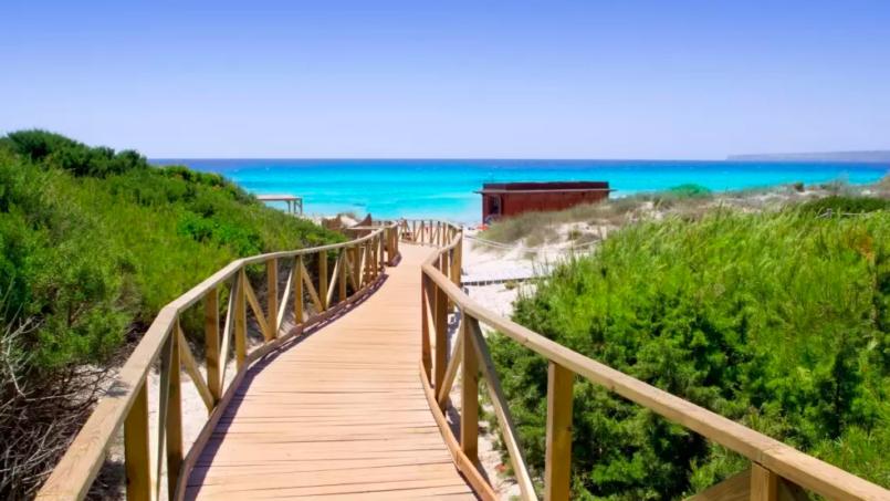 Mejores playa de Formentera a lado de las cuales comprar casa en formentera